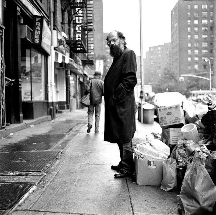Allen Ginsberg no bairro que escolheu como seu