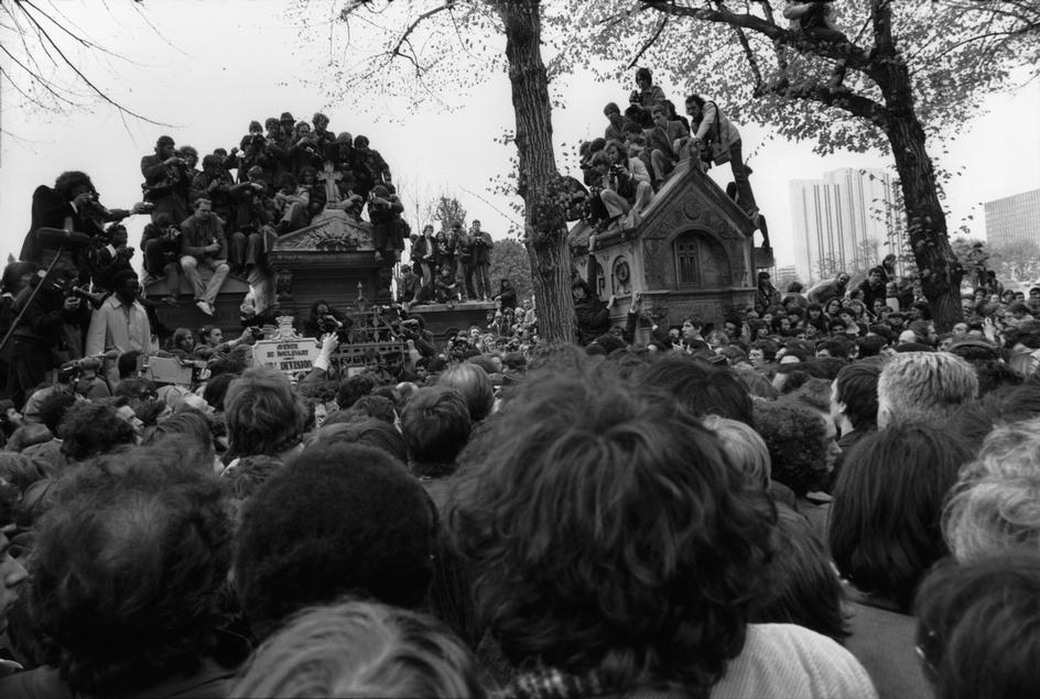 50 mil pessoas compareceram ao funeral de Sartre em 19 abril de 1980