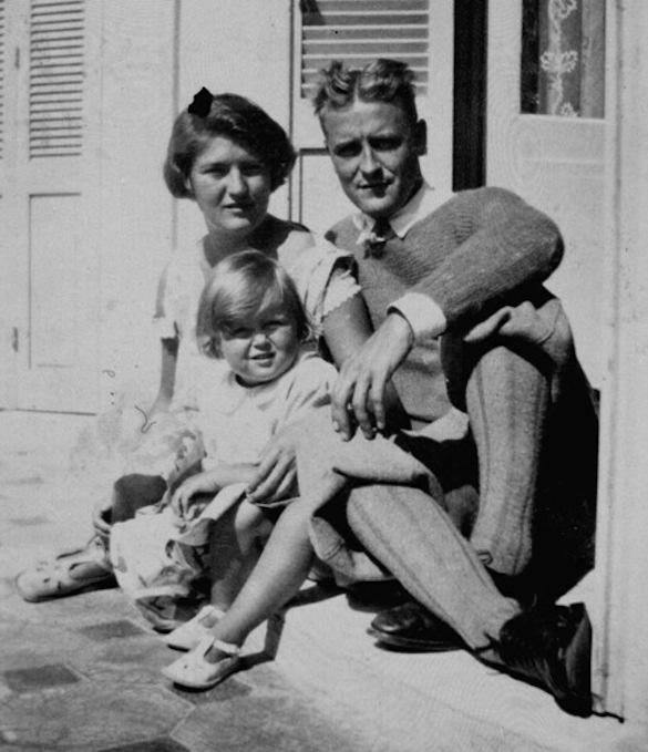 """Família Fitzgerald: Zelda, Francis e Frances, carinhosamente apelidada de """"Scottie"""""""