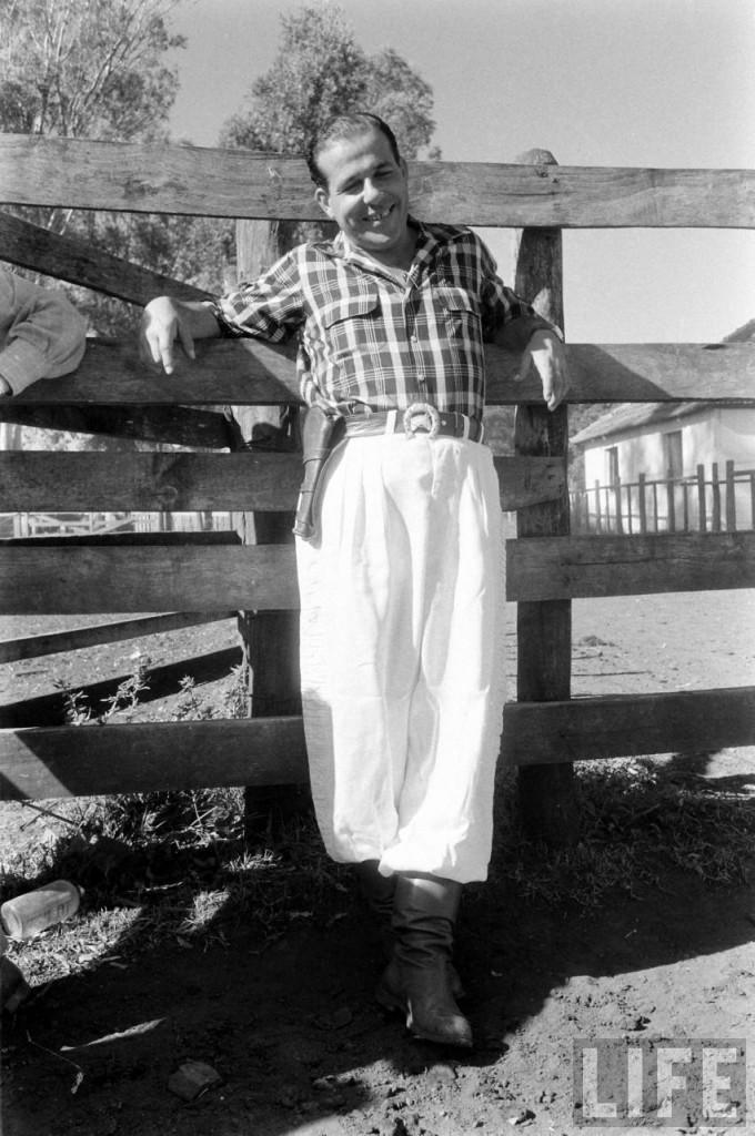Jango fotografado para a Revista Life, durante o exílio no Uruguai
