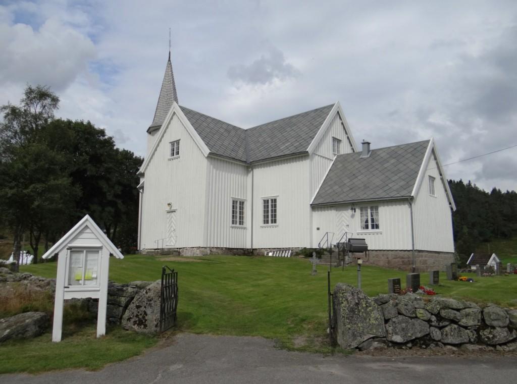 A igreja de Finsland, onde Kåre andou de moped