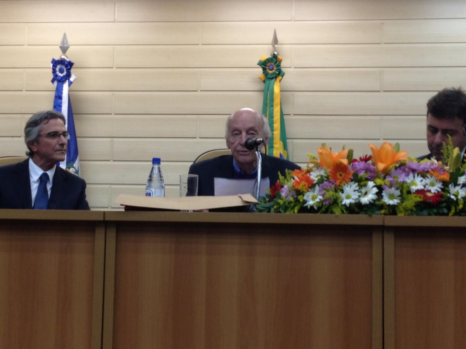 Em seu discurso, Galeano citou Tiradentes e homenageou Niemeyer