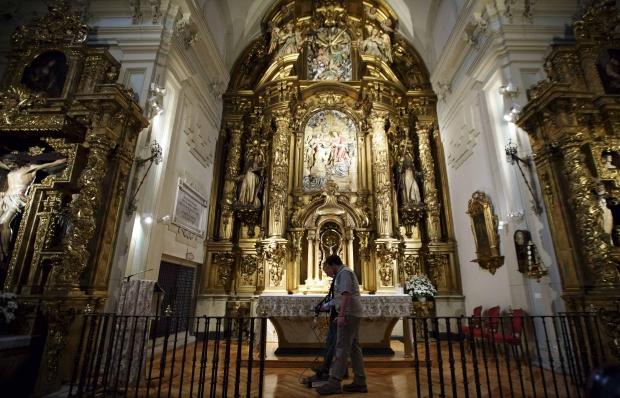 A busca pelos restos mortais de Cervantes já começou. Só o que se sabe é que ele foi enterrado em uma pequena igreja.