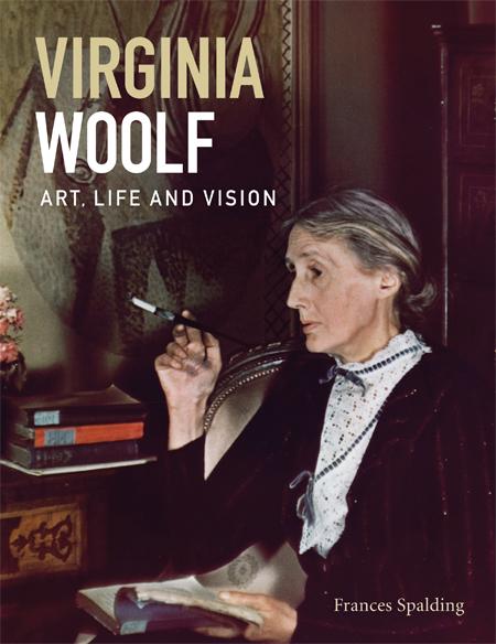 O livro contém todas as imagens da exposição e texto de Frances Spalding