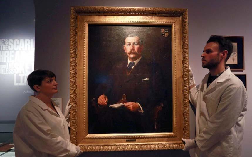 Pintura de Conan Doyle que faz parte do acervo do Museu de Londres. A tela é de 1897, autoria de Sidney Paget que ilustrou várias histórias de Holmes