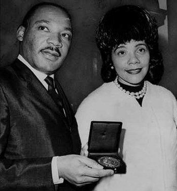 Martin Luther King e sua esposa Coretta