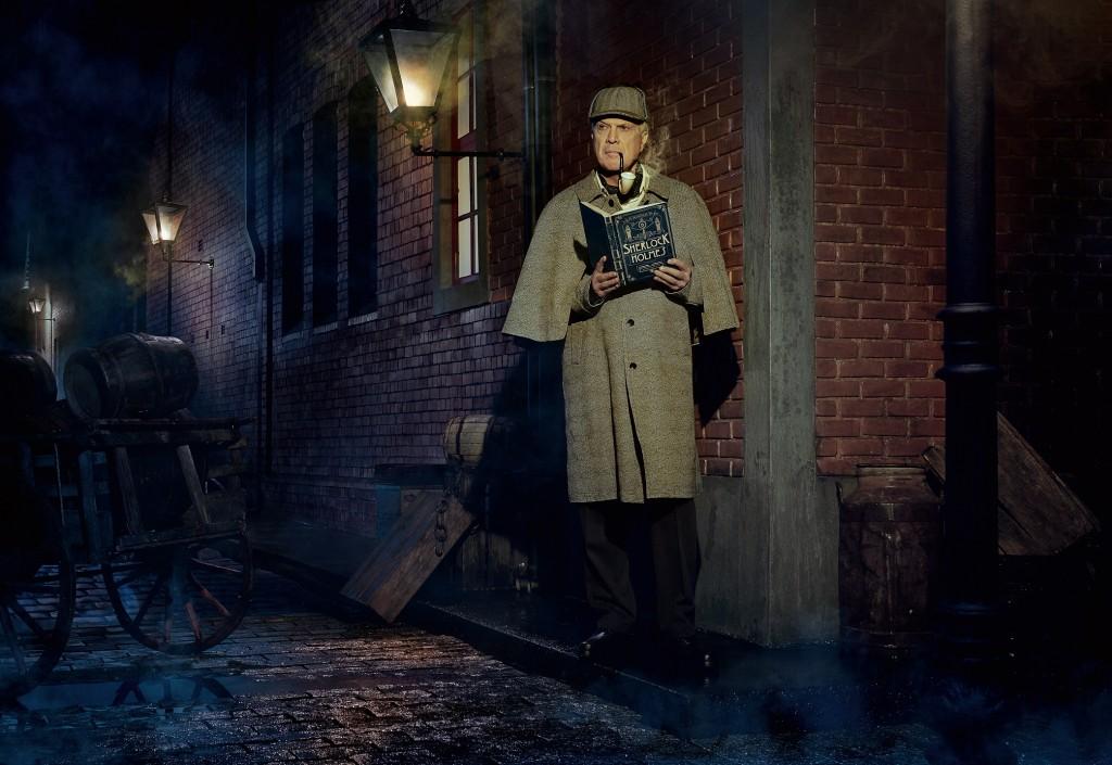 Pedro Bial é Sherlock Holmes, o famoso detetive criado por Sir Arthur Conan Doyle