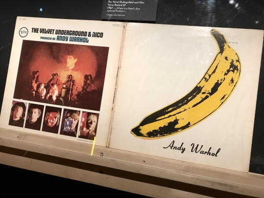 "A famosa banana de Warhol que estampou a capa ""The Velvet Underground & Nico"""